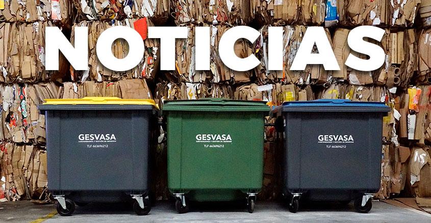 Imagen reciclaje cartón en Gesvasa con texto noticias de fondo
